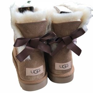 Ugg chestnut Bailey bow boot